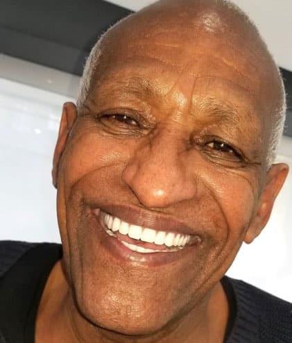 Top Dentist Beverly Hills Patient